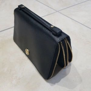 Tory Burch Bags - *Hardly Used* Tory Burch Double Zip Wallet Clutch